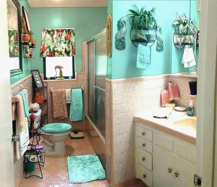 European Turquoise Bathroom Accessories