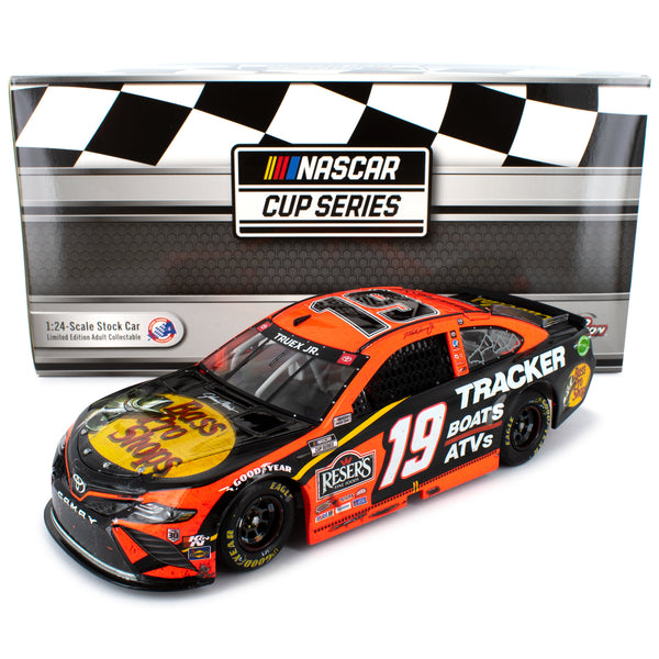 Martin Truex Jr Standard 2020 SiriusXM Martinsville Win Raced Version #19 NASCAR Diecast Car 1:24