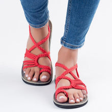 Load image into Gallery viewer, Plaka Flat Sandals