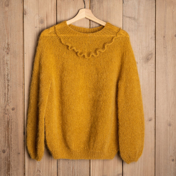 Ruffled Sweater Mysize by Uldklumper