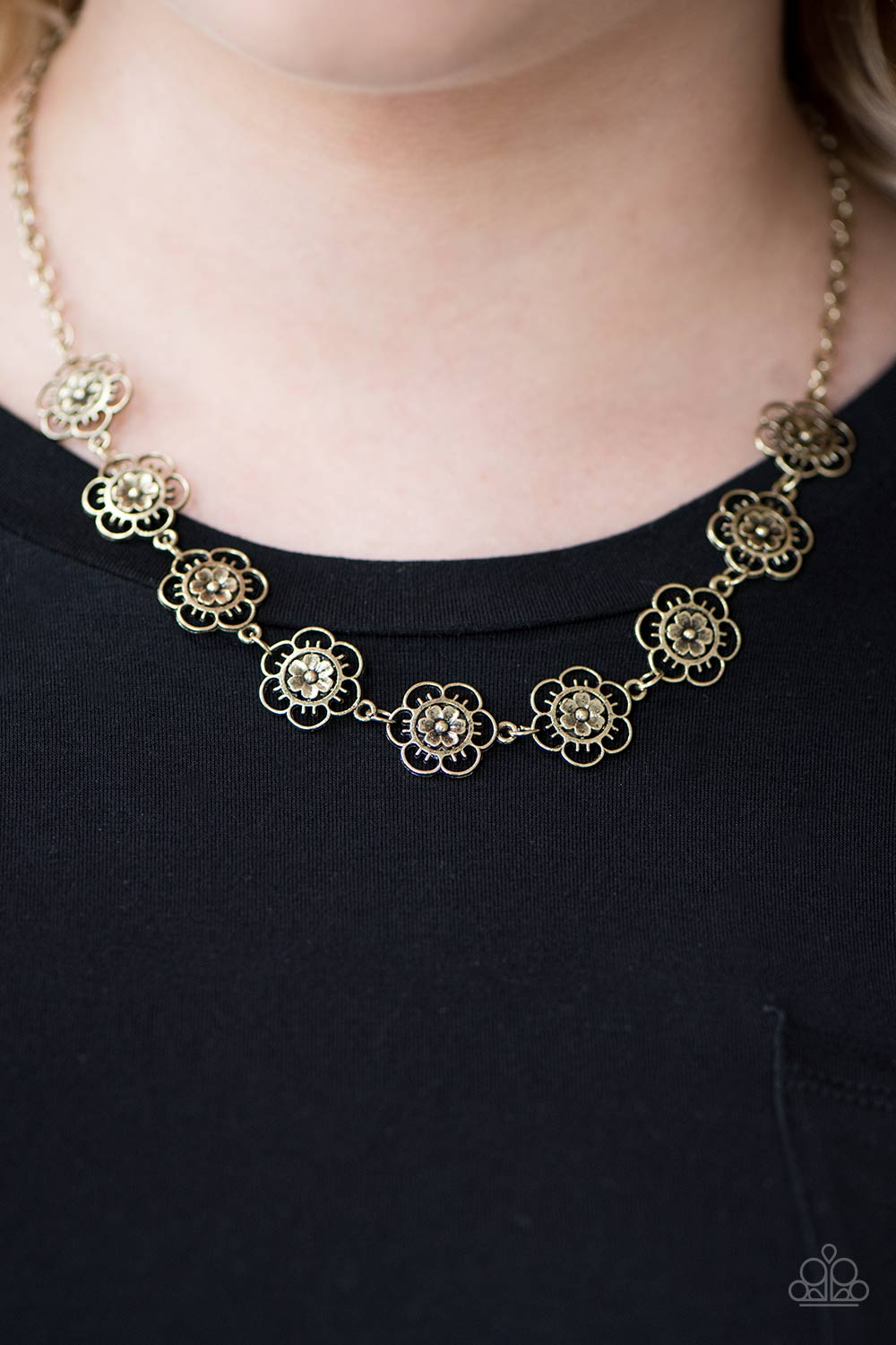 Paparazzi BLOOM Or Bust - Brass - Bling It On Online