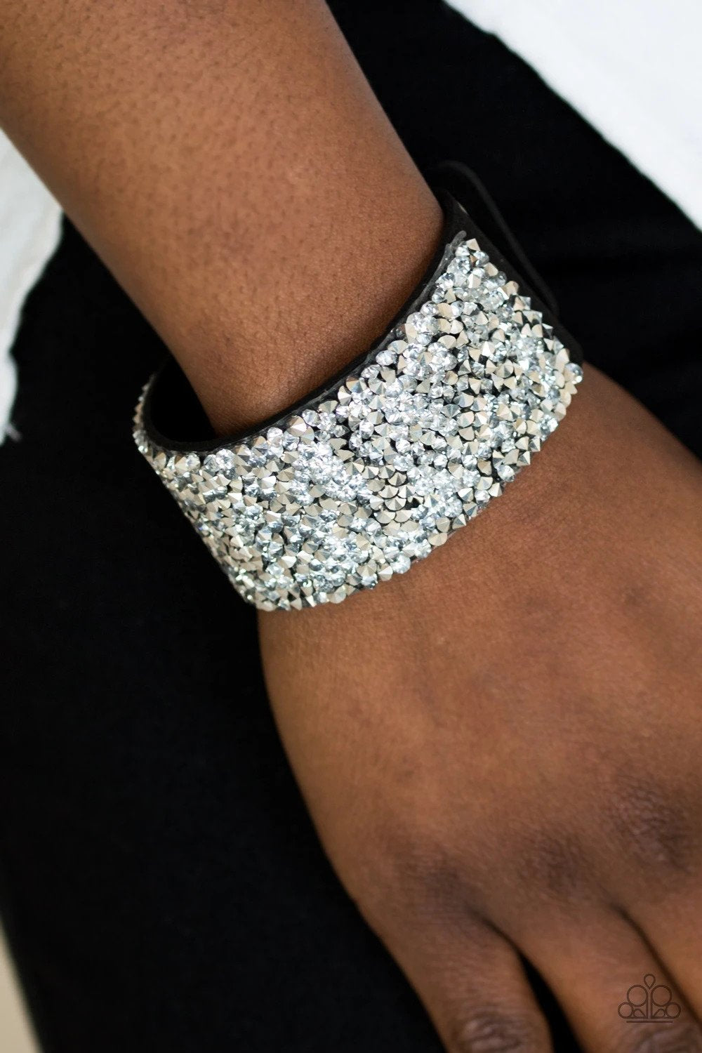 Paparazzi More Bang For Your Buck - Black - Bling It On Online