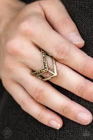 Paparazzi Ahead Of The Pack - Brass Ring - Bling It On Online
