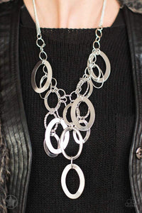 Paparazzi Blockbuster A Silver Spell - Silver Links Textured Rings Necklace - Bling It On Online