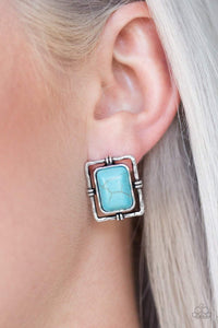 Paparazzi Center STAGECOACH - Turquoise Stone Hammered Silver Earrings - Bling It On Online