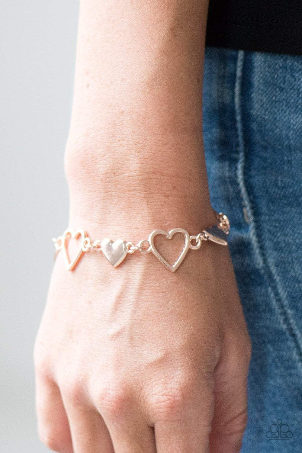 Paparazzi HEART To Handle - Rose Gold - Bling It On Online