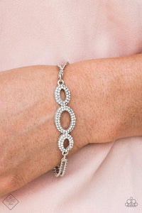 Paparazzi Timelessly Metropolitan - White Bracelet - Bling It On Online