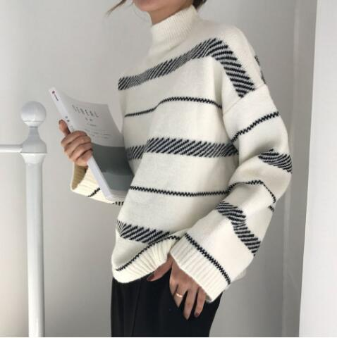 Women's Vintage Striped Loose Street Style Sweater