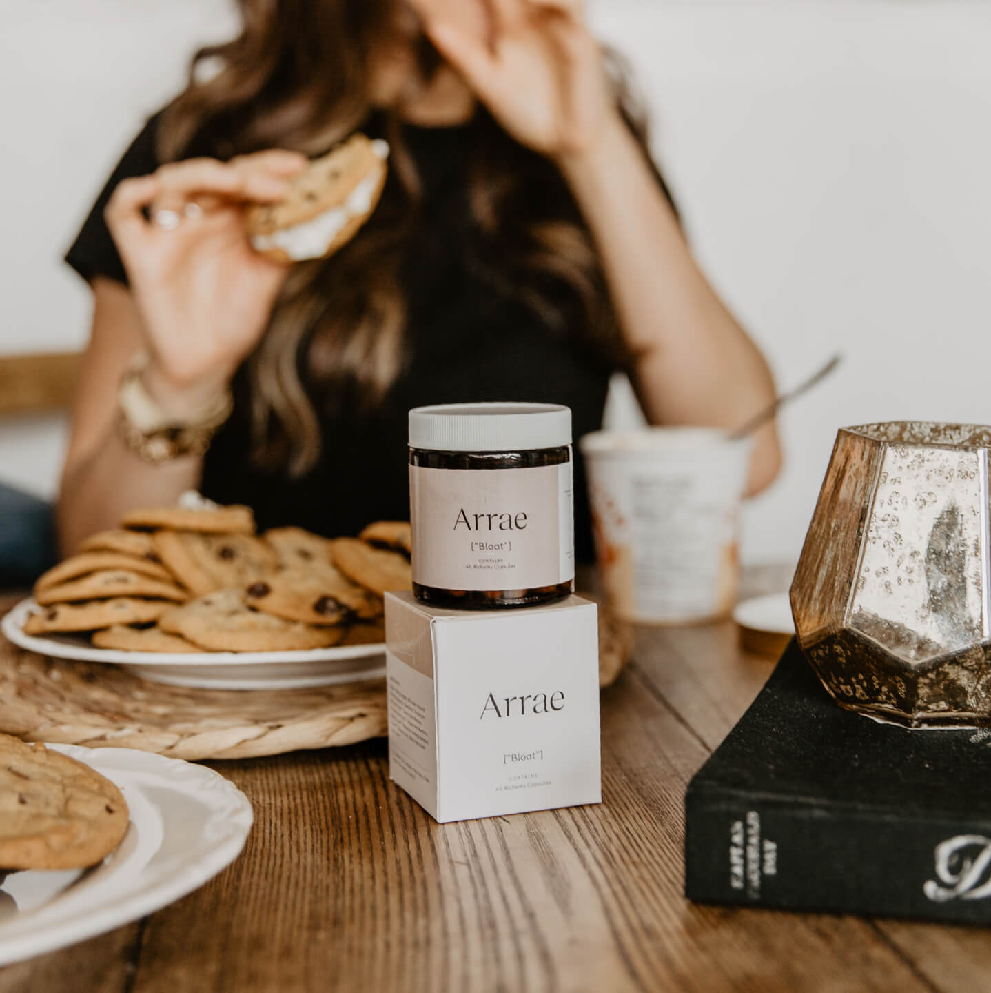 Arrae bloat alchemy capsules are designed to help break down food, speed up dugestion, protect your organs and more so when you want to indulge in a pile of chocolate chip cookies, you can