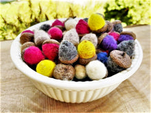 Load image into Gallery viewer, Handfelted Acorns (Loose) - 2020 Autumn Collection (limited quantities)