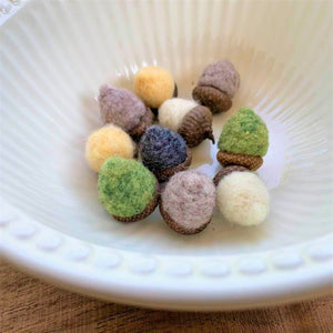 Handfelted Acorns (Loose) - 2020 Autumn Collection (limited quantities)