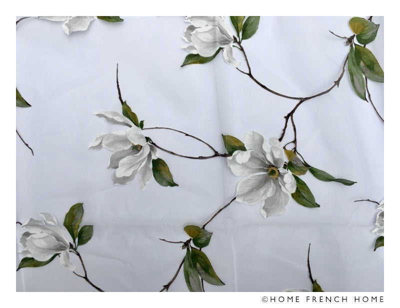Organza printed tablecloth - white magnolia