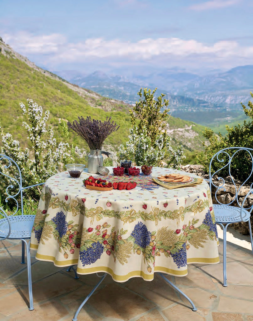 Coated Tablecloth, Round - Lavender and Roses