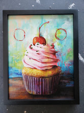 Load image into Gallery viewer, Cupcake