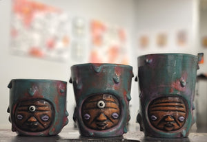 Ceramic cups (sold seperately)