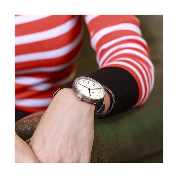 Minimalist Black Leather Watch - Modern Contemporary Men's Women's - British Design - Newgate Drumline WWMDLNBS062NK (fashion)
