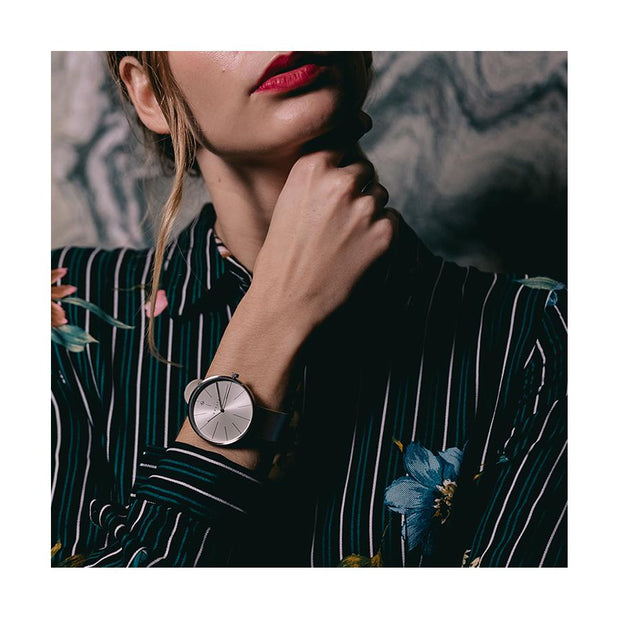 Minimalist Women's Watch - Silver & Grey Leather - Contemporary Modern - Newgate New York WWMDLNRS050LGY (fashion)