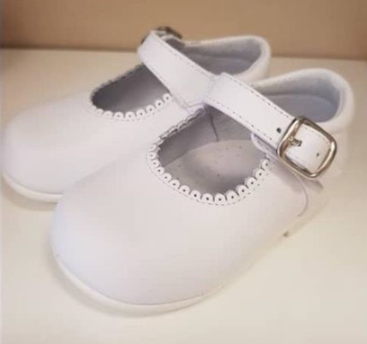 Baby Shoes in White