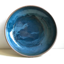Load image into Gallery viewer, bowl : cerulean swirl