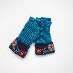 Petunia Fingerless Gloves