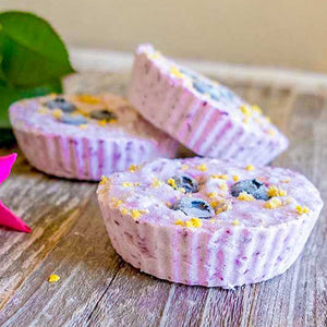 KETO BLUEBERRY CHEESECAKES (MINI)