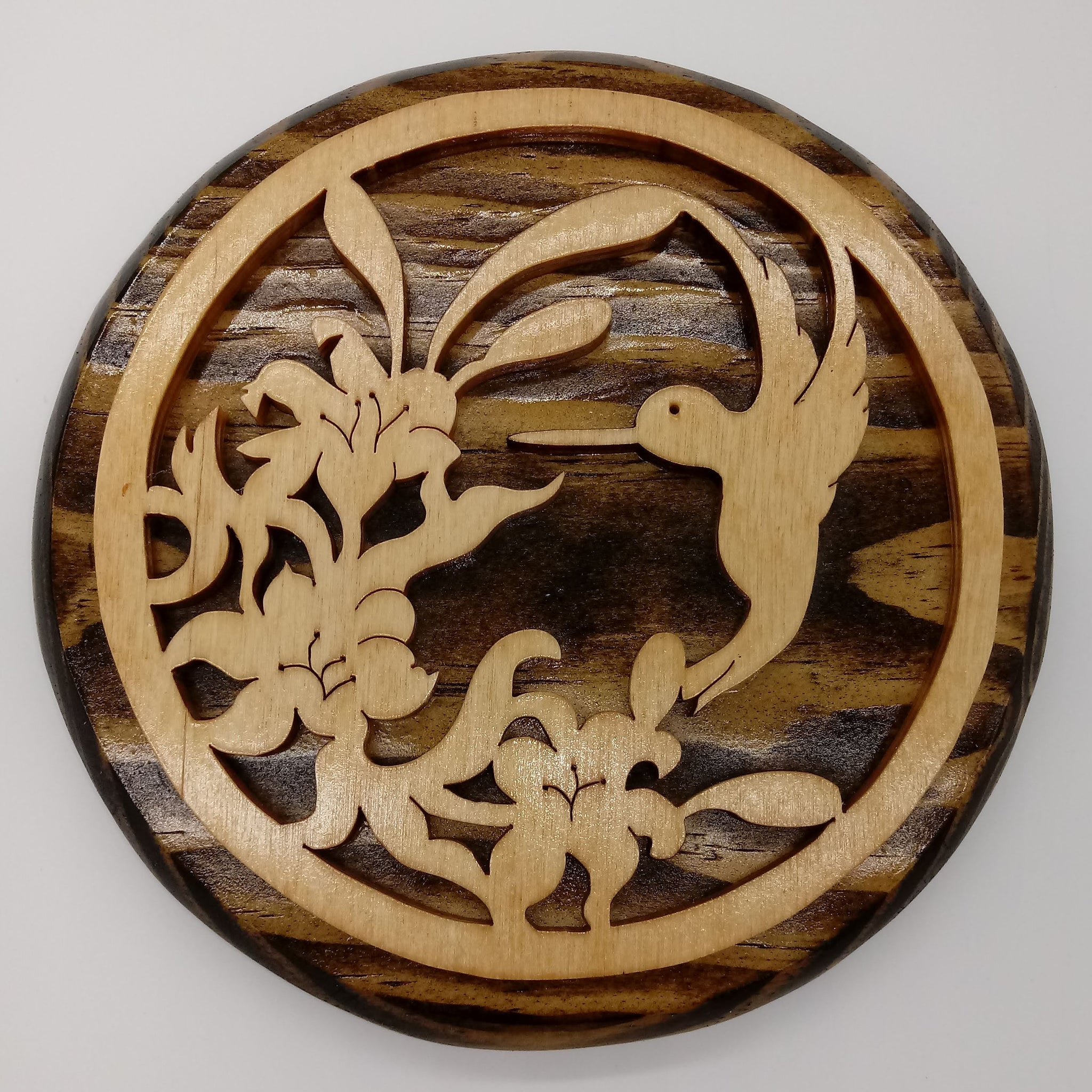 Nature in the Round Hummingbird Plaque - Kripp's Kreations