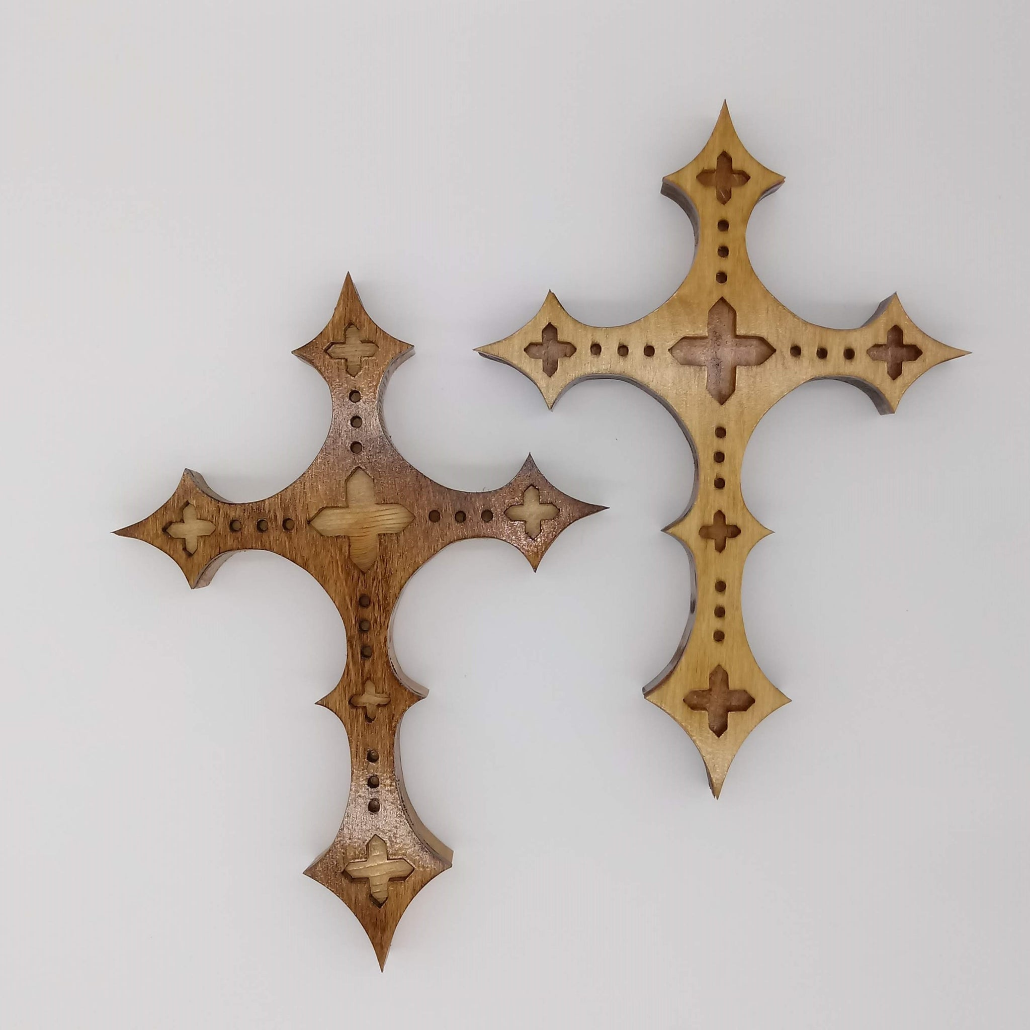 Gothic Pointed Decorative Cross - Kripp's Kreations