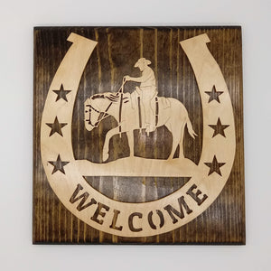 Wood Welcome Cowboy Horseshoe - Kripp's Kreations