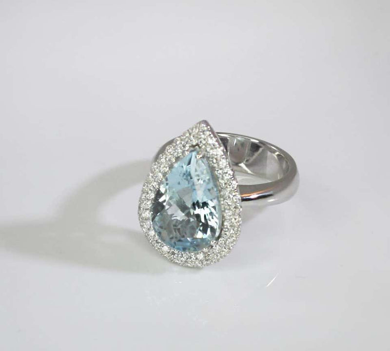 18 Karat White Gold Pear Cut Aquamarine and Diamond Ring