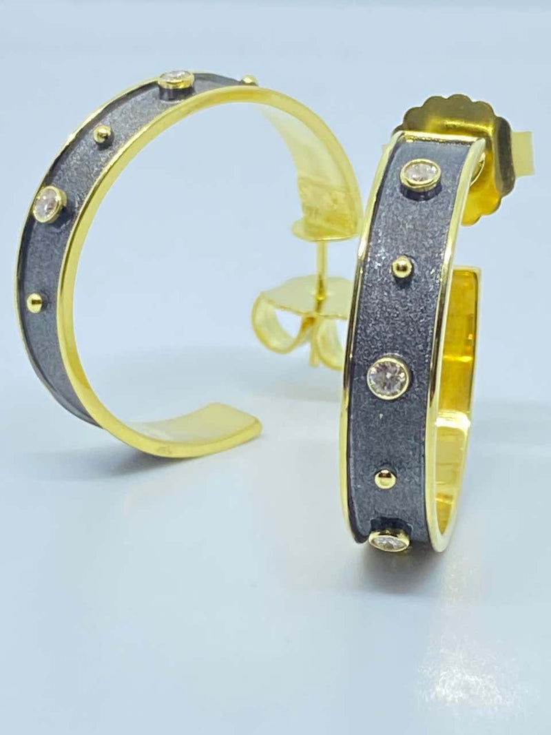 18 Karat Yellow Gold and Diamond Two Tone Hoop Earrings