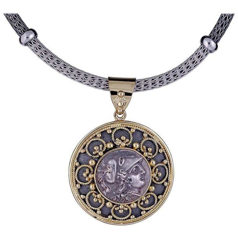 18 Karat Yellow Gold Coin Pendant with Athena in Silver