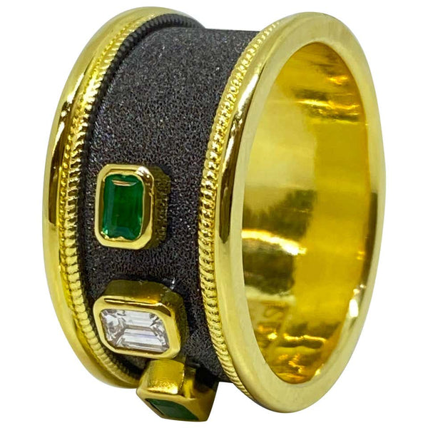 18 Karat Yellow Gold Diamond and Emerald Two-Tone Band Ring