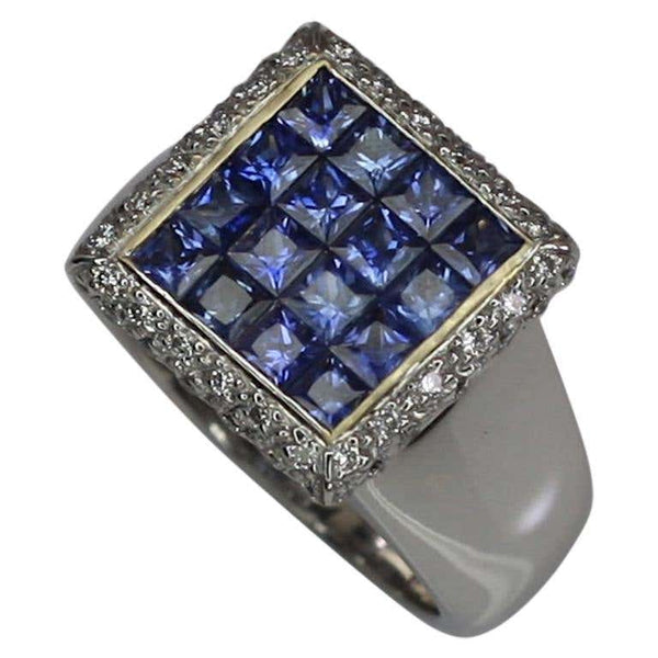 18 Karat White Gold Princess Cut Sapphires and Diamond Ring