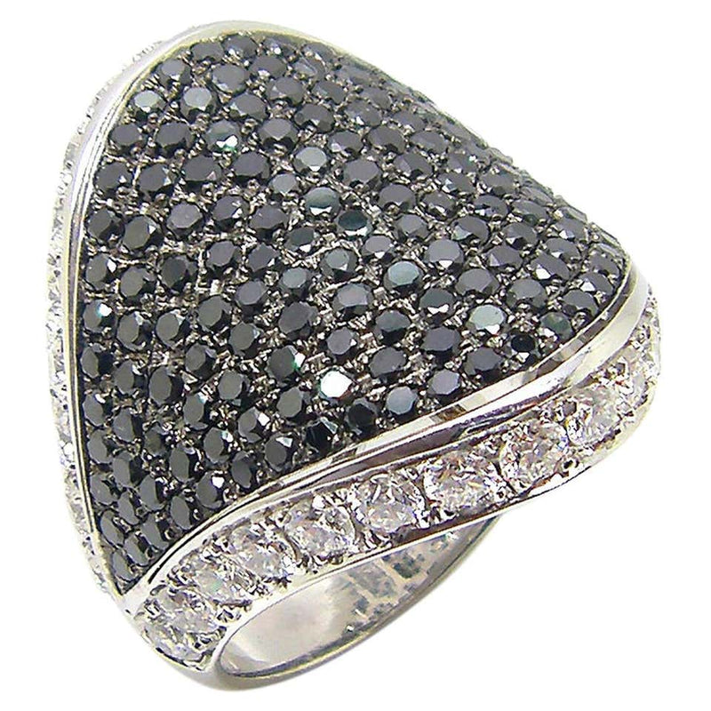 18 Karat White Gold Black and White Diamond Wide Band Ring
