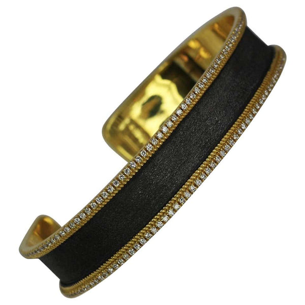 18 Karat Yellow Gold Diamond Bangle Bracelet with Rhodium