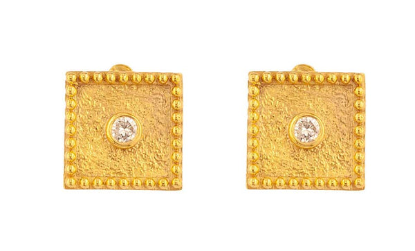 18 Karat Yellow Gold Solitaire Diamond Square Stud Earrings