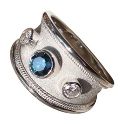 18 Karat White Gold Ring with Blue and White Diamonds
