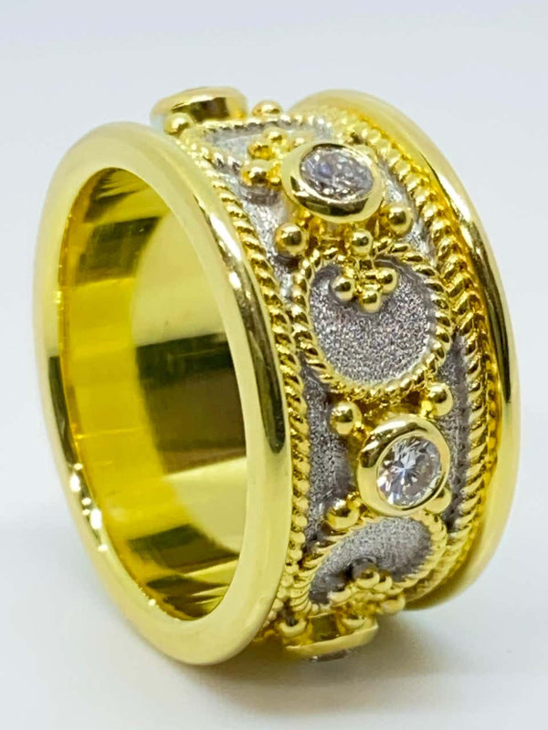 18 Karat Gold and Rhodium Diamond Two-Tone Band Ring