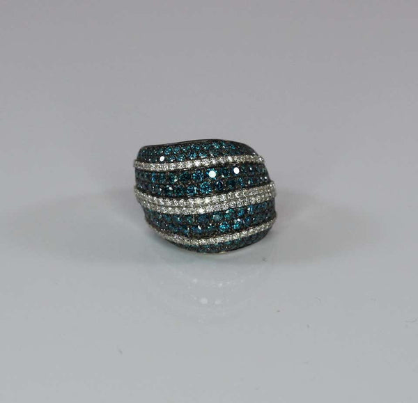 White Gold 18 Karat Ring with Blue and White Diamond Pave