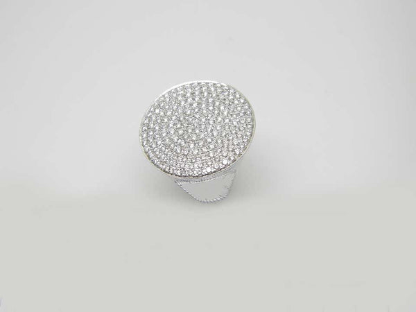 18 Karat White Gold Brilliant Cut Diamond Round Band Ring