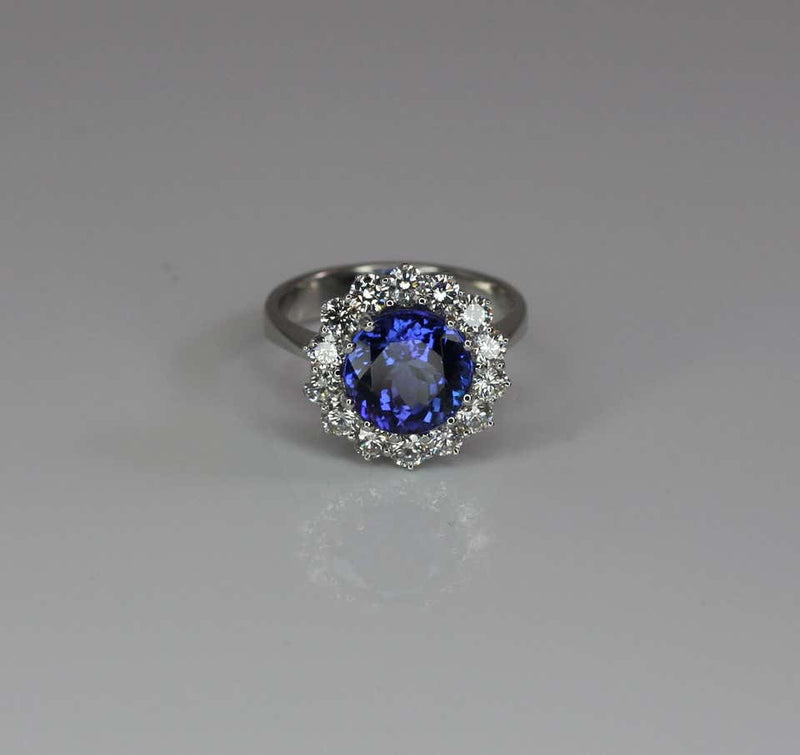 18 Karat White Gold Tanzanite and Diamond Rosette Ring