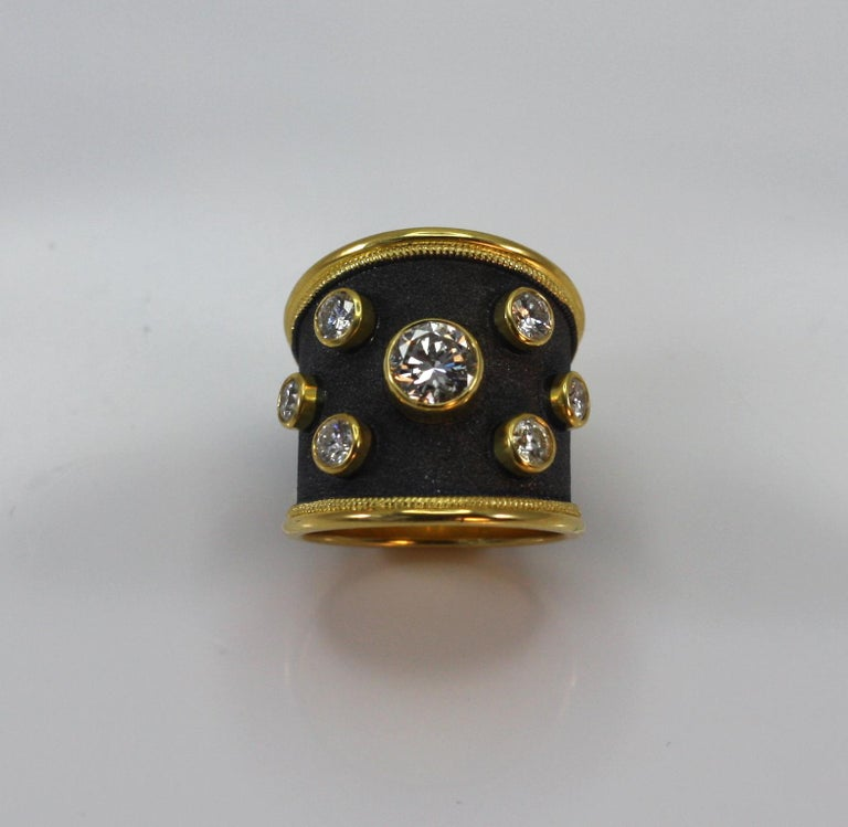 18 Karat Yellow Gold Ring with Diamonds and Black Rhodium