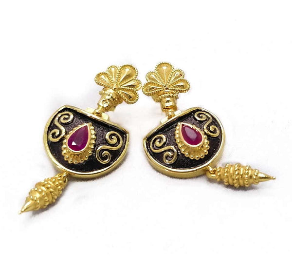 18 Karat Yellow Gold Etruscan Style Ruby Drop Earrings