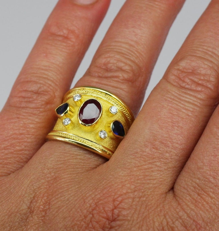 18 Karat Yellow Gold Ruby Pear Sapphire Diamond Ring