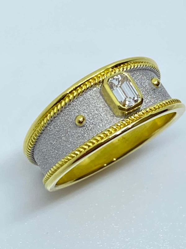 18 Karat Yellow Gold Unisex Diamond Two-Tone Band Ring