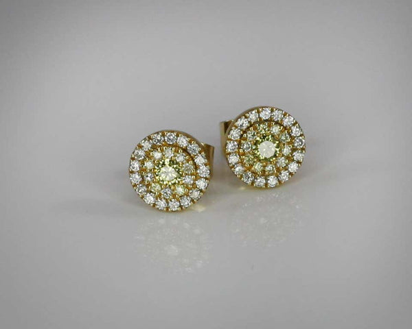 18 Karat Gold Stud Earrings with White and Yellow Diamonds