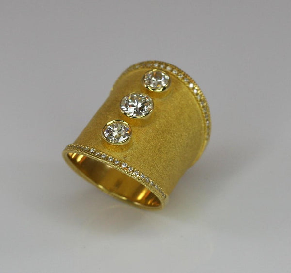 18 Karat Yellow Gold Wide Diamond Ring in Byzantine Style