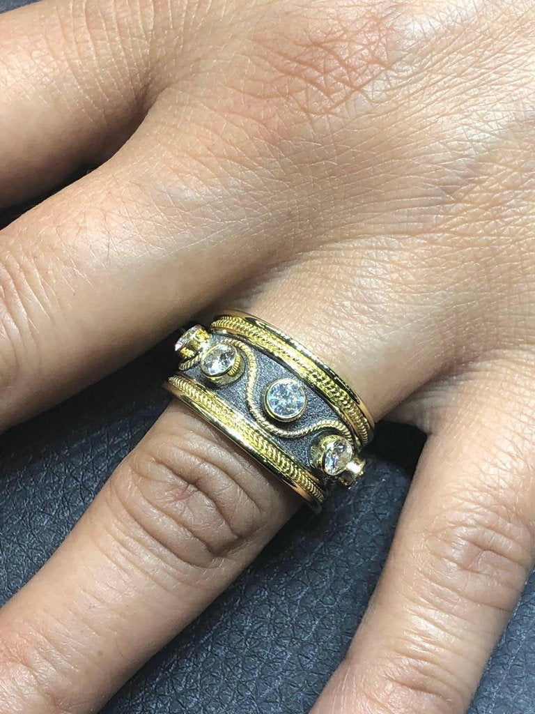 18 Karat Yellow Gold and Black Rhodium Diamond Band Ring