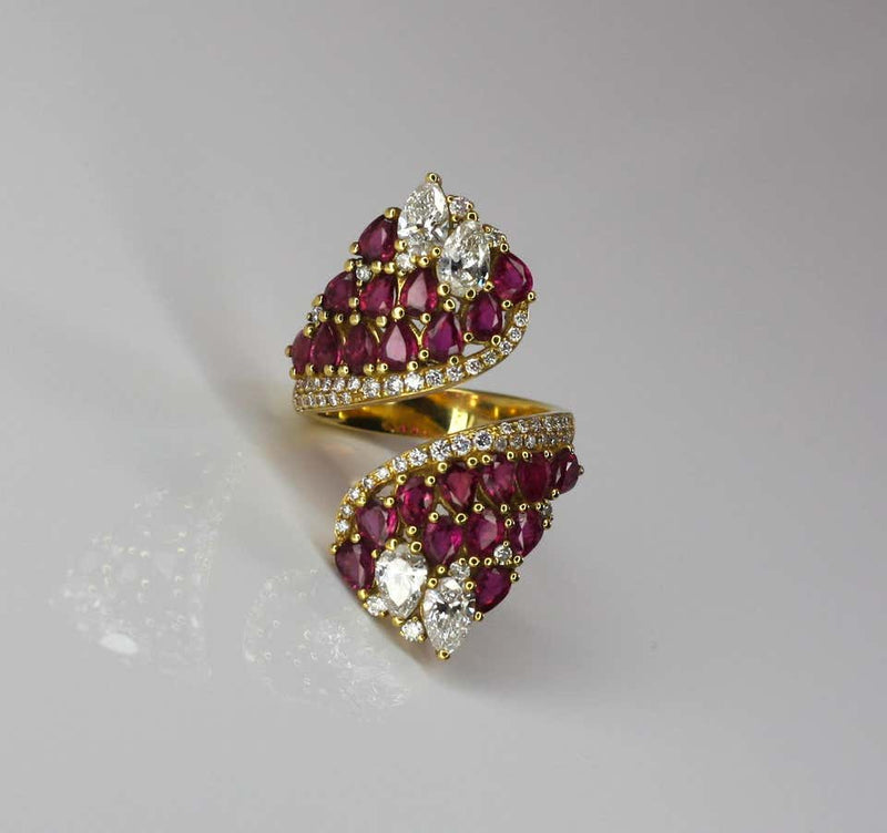 18 Karat Yellow Gold Pear Shape Ruby and Diamond Ring