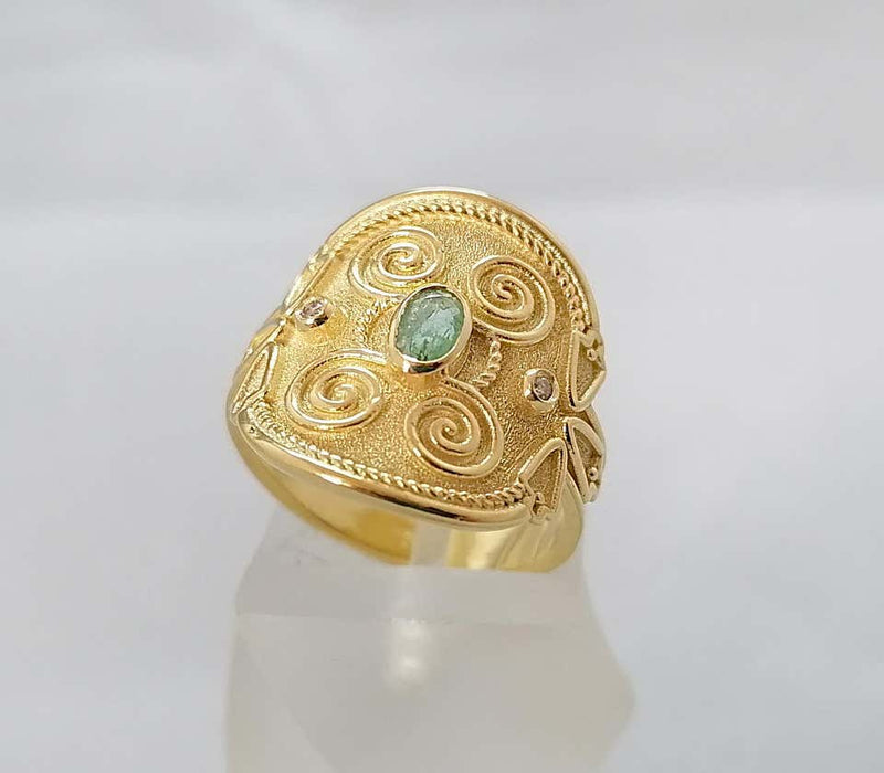 18 Karat Yellow Gold Emerald Diamond Byzantine Band Ring